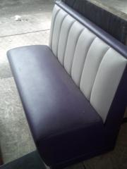 Продам диван фіолетового кольору бу